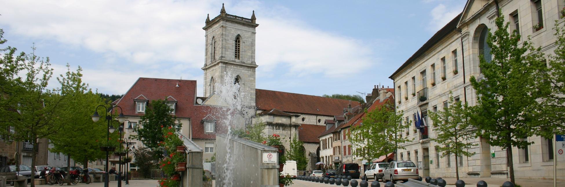 Place de la République de Baumes-Les-Dames