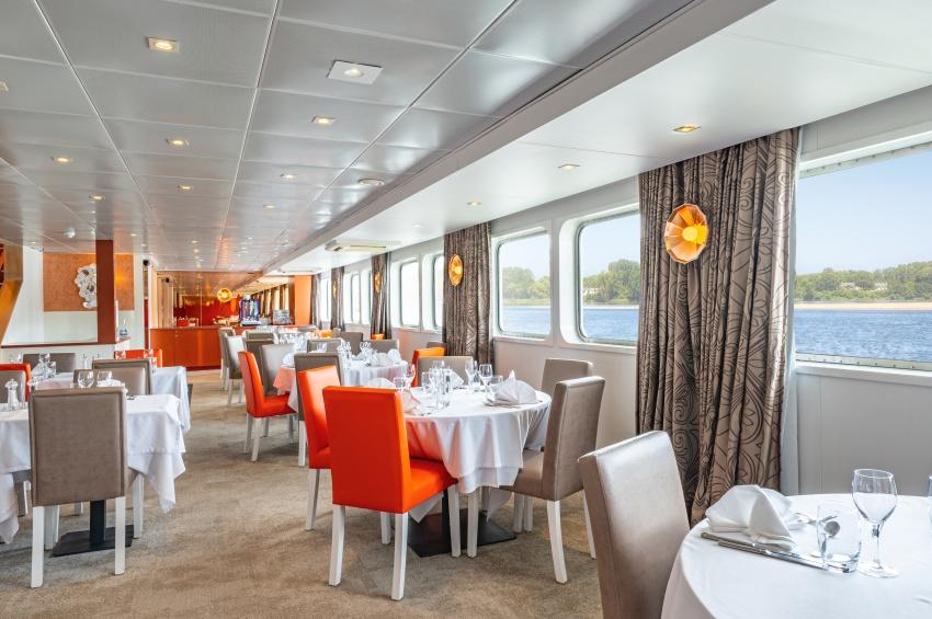 Restaurant du MS Loire Princesse