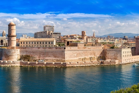 French Art and History Along the Rhône River (port-to-port cruise)