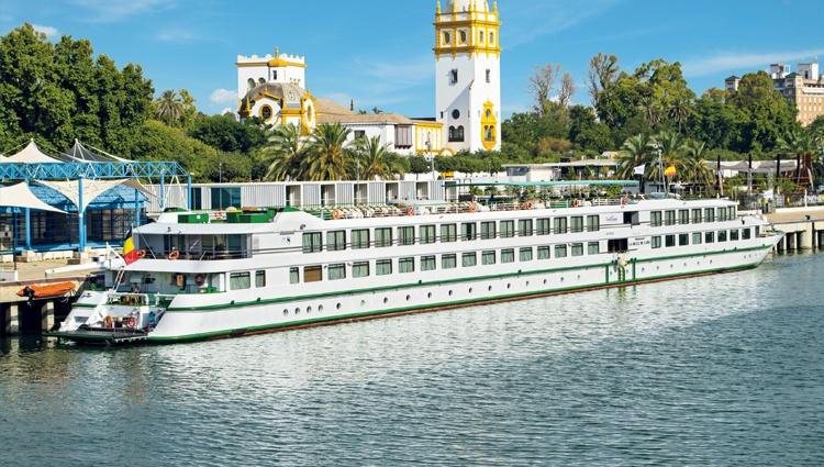 MS Belle de Cadix à quai