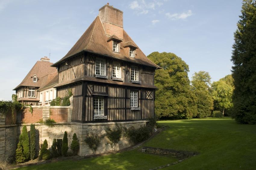 Forfait excursions classique 1 croisieurope for Renoir maison classique