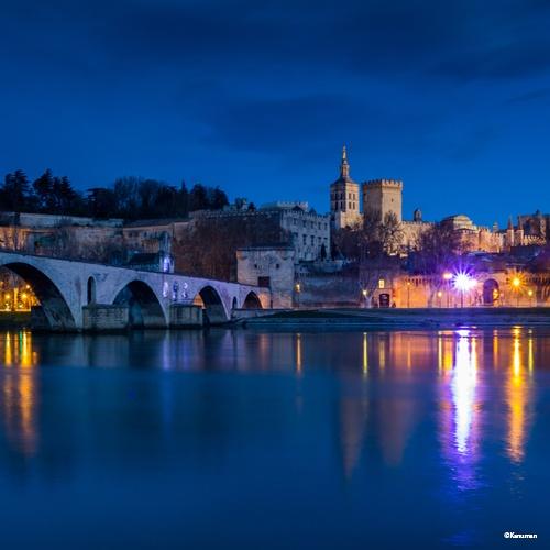 Avignon, week-end spectacle sur le Rhône