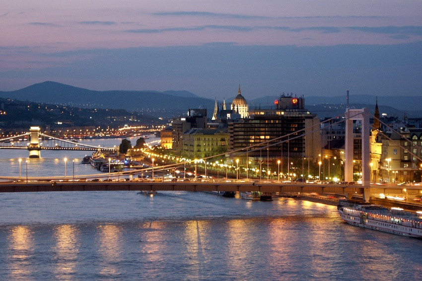 Prague and the beautiful blue danube croisieurope cruises - Office de tourisme prague ...