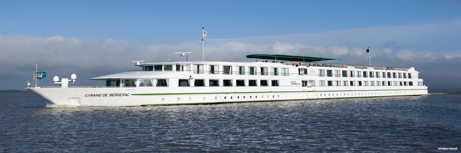 MS Cyrano de Bergerac en navigation