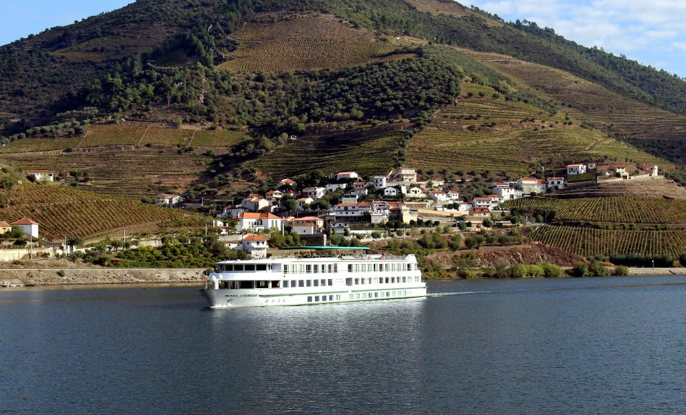 The MS Infante Don Henrique sailing on the Douro.