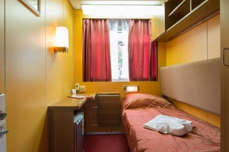 Cabine avec un lit