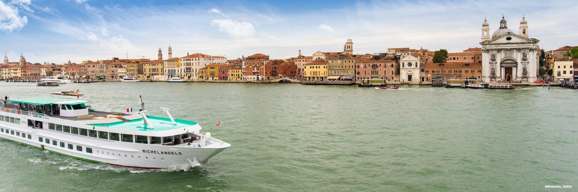 MS Michelangelo à Venise