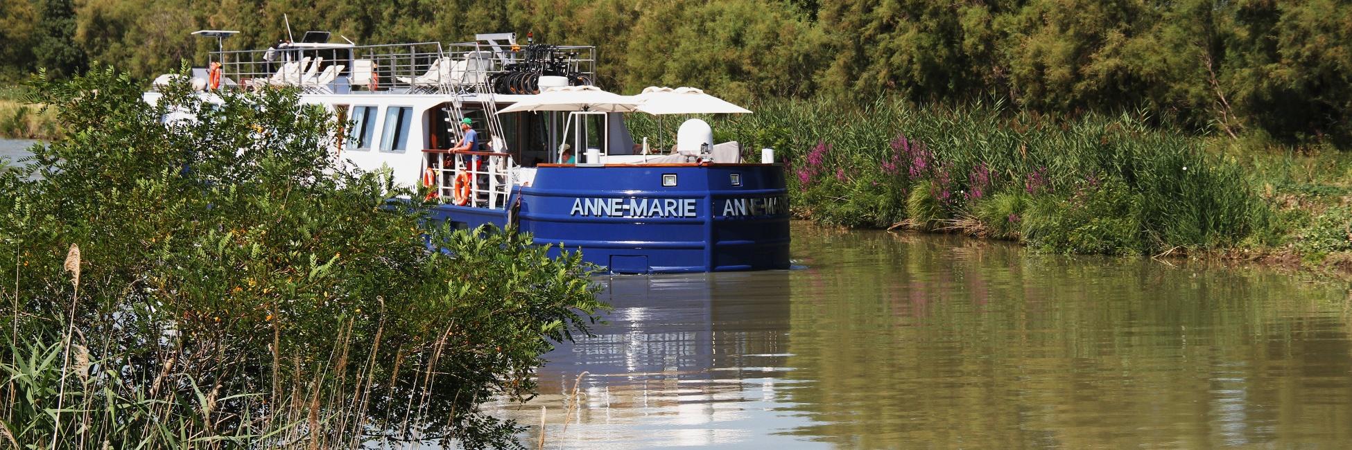 Péniche Anne-Marie en navigation