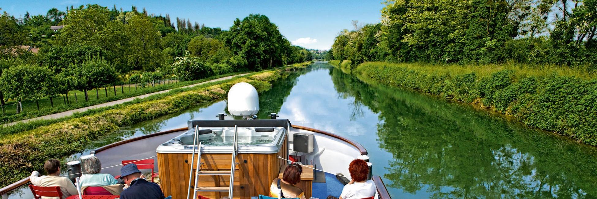 Croisi res en p niche sur le canal de bourgogne et la for Notaire port sur saone
