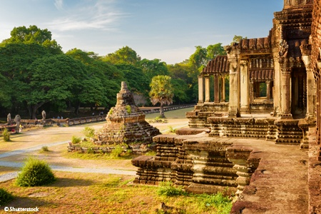 From the Temples of Angkor to the Mekong Delta (port-to-port)