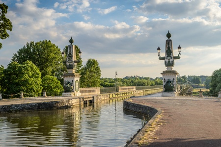 Discover the Loire Canal In the heart of France,  charming cities reveal their secrets from Briare to Nevers