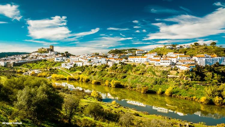 Les fleuves d'Andalousie et la mer Méditerranée