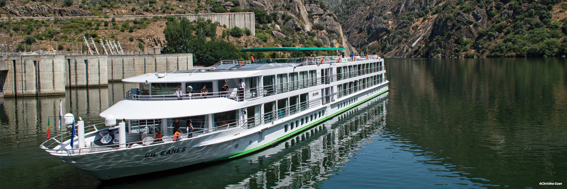 MS Gil Eanes en navigation sur le Douro