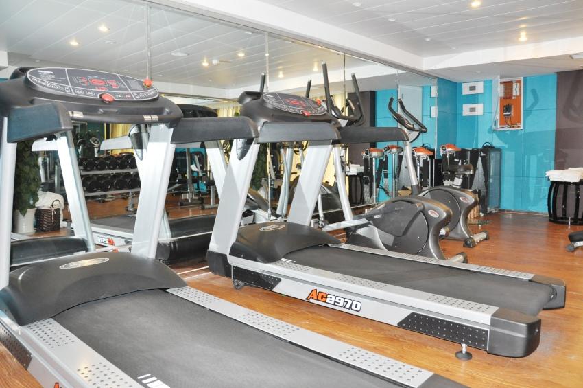 Salle de gym du RV Legend
