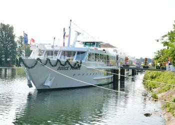 MS Douce France à quai