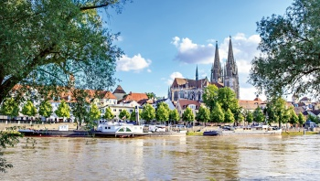 Follow the Romantic Road on a cruise along the Danube and the Rhine (port-to-port package)