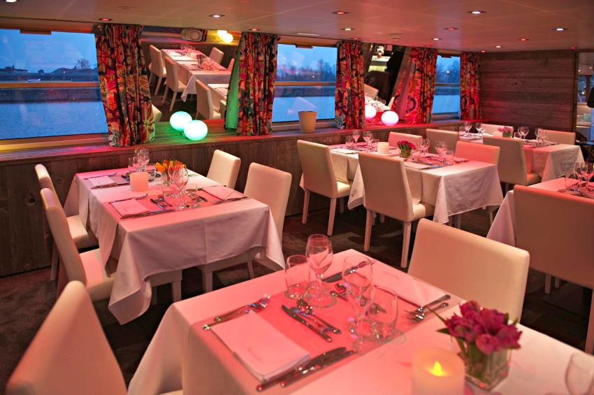 Restaurant of the Jeanine vessel