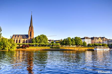 Suivez la route romantique en croisière et reliez le Rhin au Danube (formule port/port)