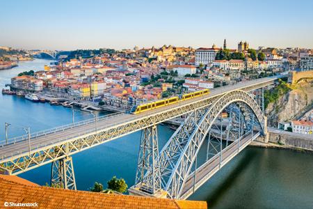 Porto, la vallée du Douro (Portugal) et Salamanque (Espagne) (formule port/port)