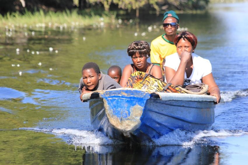 Embarcation sur la rivière Chobé