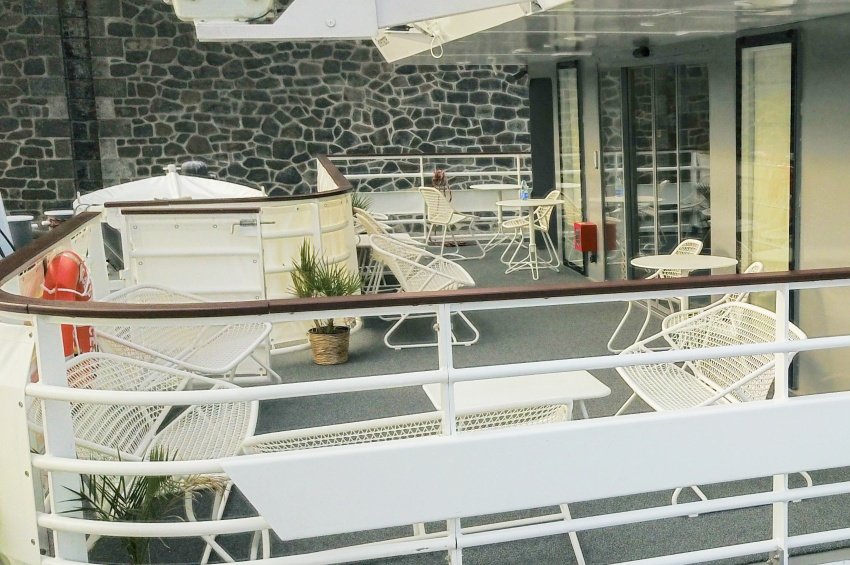 TERRACE. Located At The Back Of The Ship, You Can Easily Meet Friends,  Relax Enjoying The View.