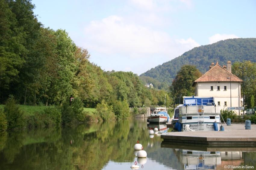 Halte fluvial de Baumes-Les-Dames