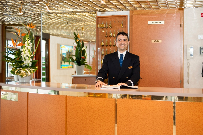 Reception desk of the MS Seine Princesse