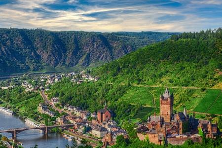 2 FLEUVES : la magie de la Moselle et la vallée du Rhin romantique (formule port/port)