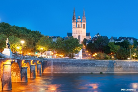Royal New Year cruise on the Loire (port-to-port cruise)