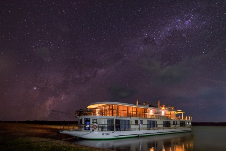 Southern Africa: travel to the ends of the earth (port-to-port cruise) - New Year
