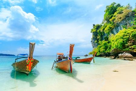 Cruise between Singapore and Phuket (port-to-port cruise)