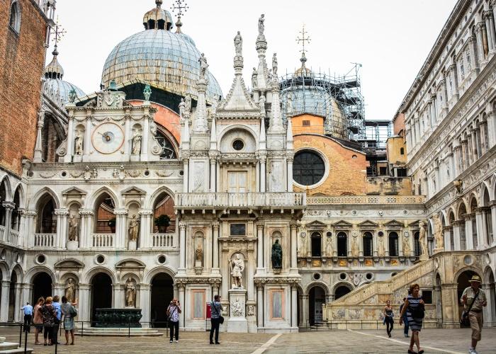 Croisière De Venise, la cité des Doges, à Mantoue, bijou de la Renaissance (formule port-port) - 12